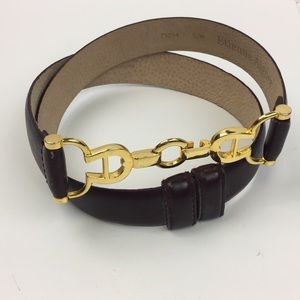 Etienne Aigner •Career Classic Leather Belt•